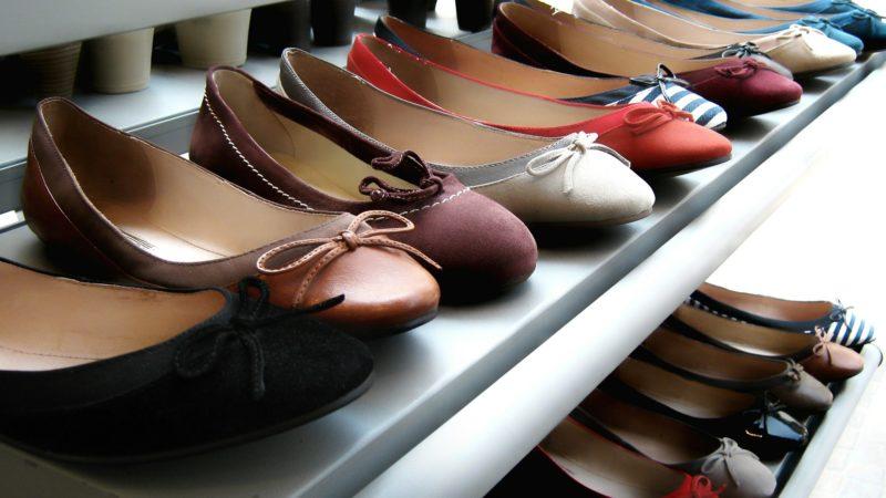 Módní sandálky, jaké to vlastně jsou?