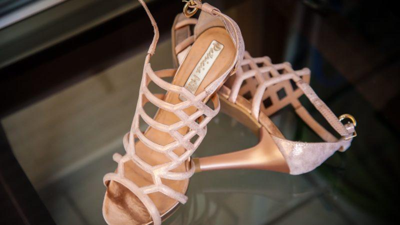 Proč si dámy na léto vybírají baleríny? Je pravda že dámské sandály už vyšli z módy?